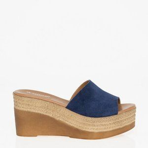 Le Chateau Suede/Leather Open Toe Sandal Navy 38